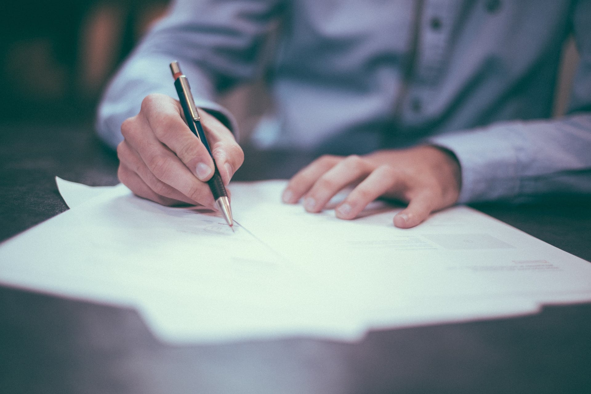 Lawyer - Abogado - Conveyancing - Due Diligence - Purchase Contract